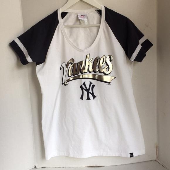 5th & Ocean Tops - 5th and ocean Yankees T-shirt XL